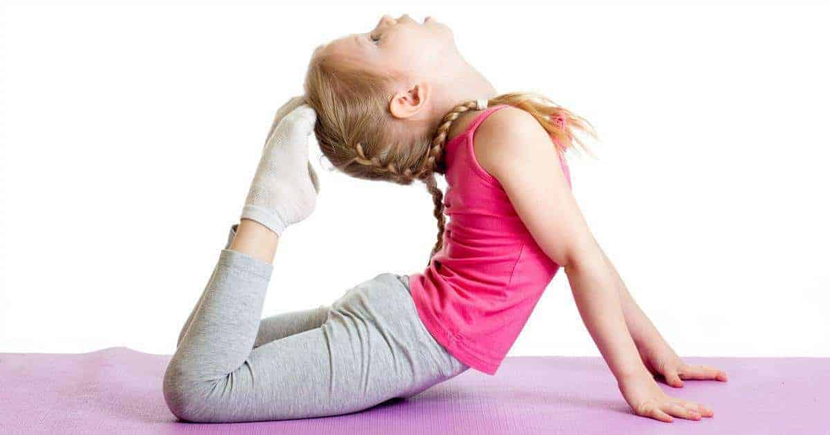 How Robyn Started a Successful Business Teaching Kids Yoga ...