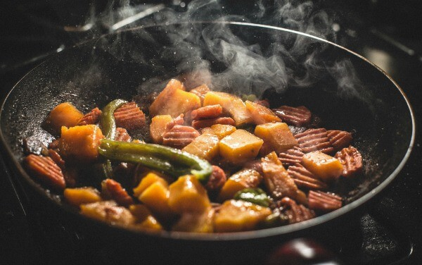 Stir fry dinners are an easy option to save money