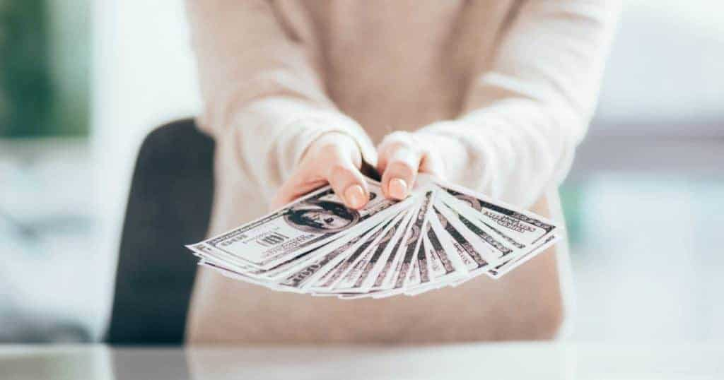 Financial habits to set your New Year up for success
