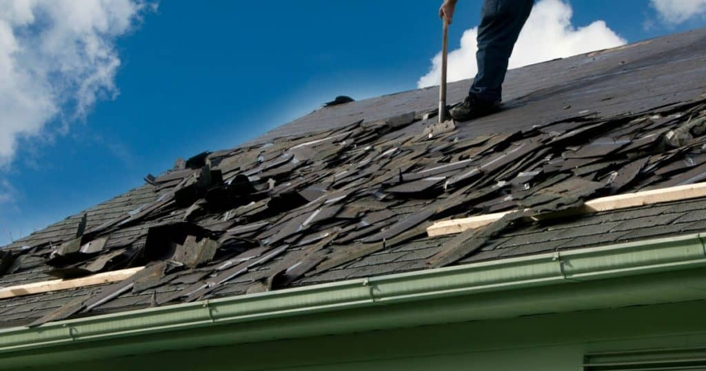 Ways to pay for emergency roof repair